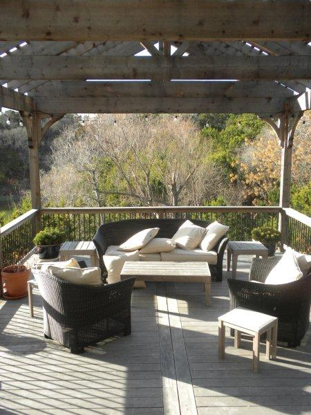 Austin elevated deck with pergola