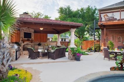 Austin covered pool-side cabana