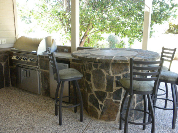 Austin flagstone bar outdoor kitchen