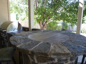 flagstone bar top round