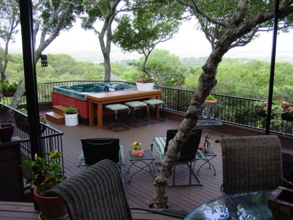 Austin hot tub deck with integrated trees