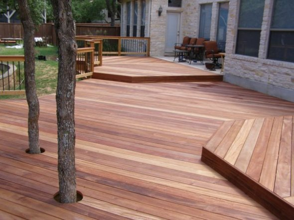 Austin Ipe deck with integrated trees