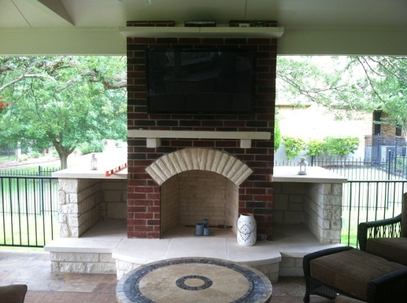 Austin outdoor fireplace builder
