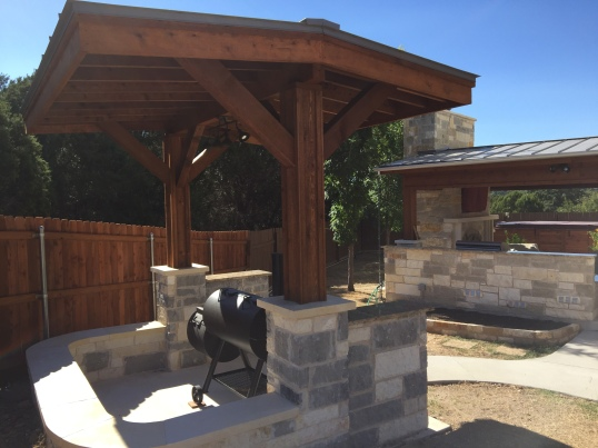 Lago Vista pergola style covered space