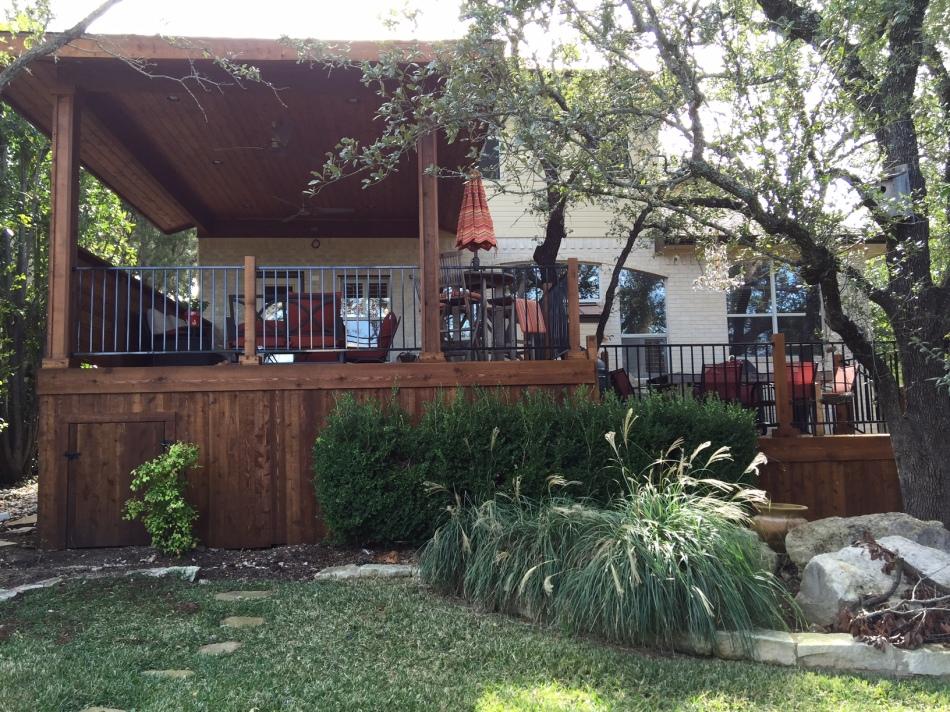 Austin TX Cedar porch and deck builder