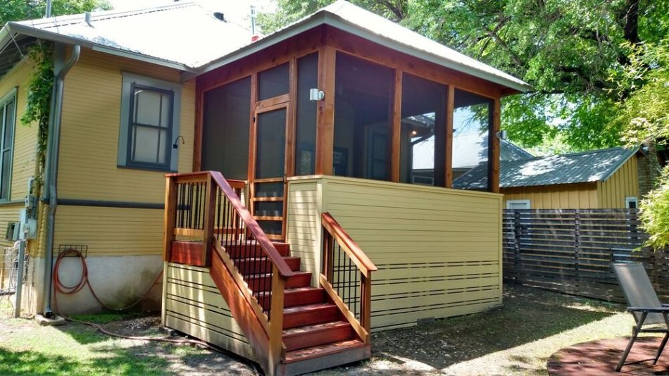 South Austin Screened porch builders