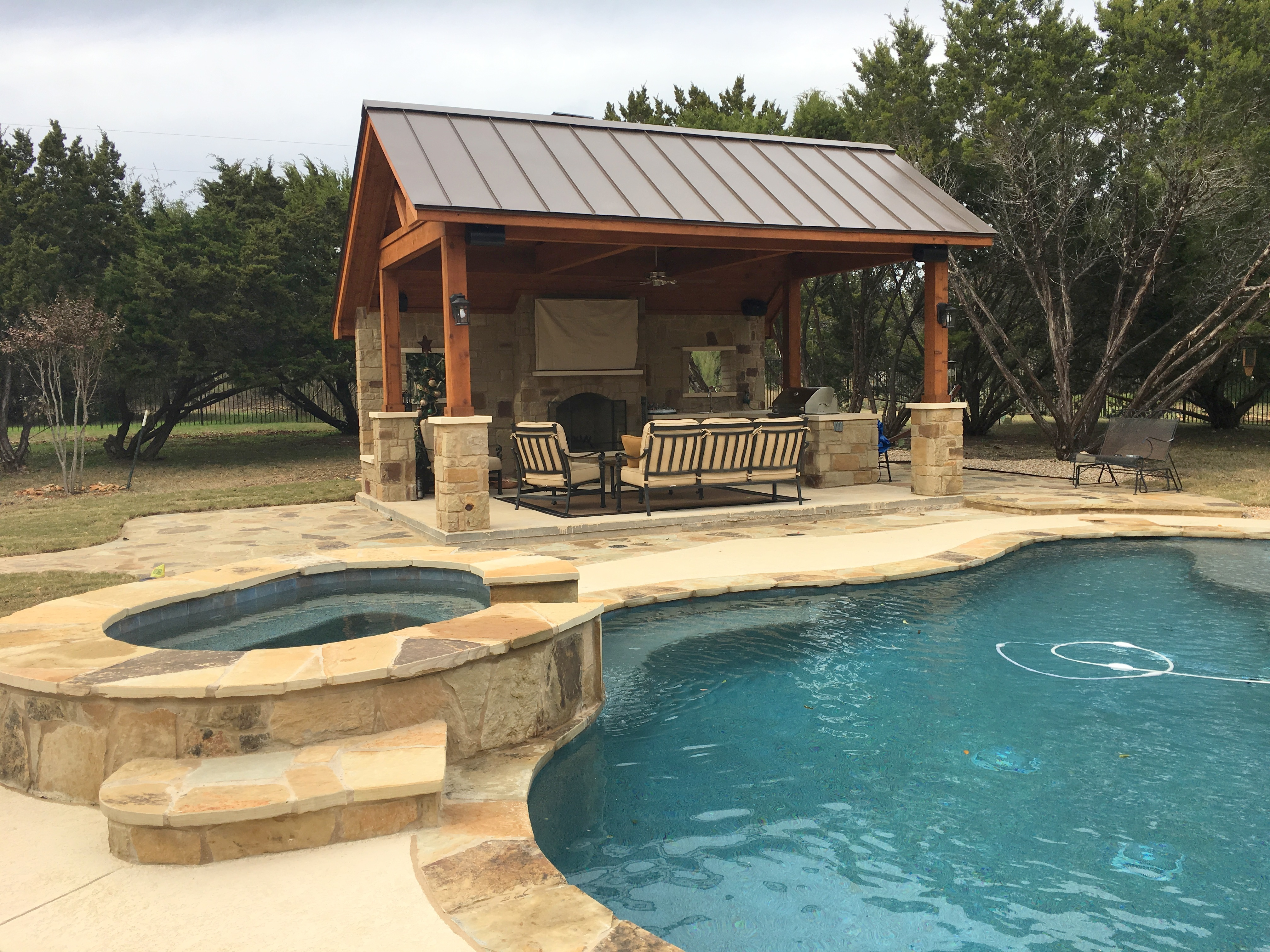 Leander tx pool cabana builder austin decks pergolas for Outdoor pool cabana