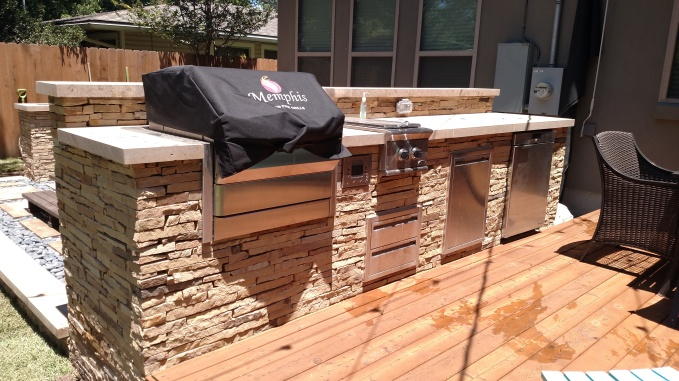 Northwest Austin Outdoor Fireplace Builder