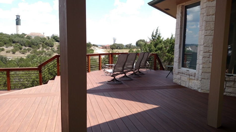 Hudson Bend TX AZEK deck overlooking Lake Travis