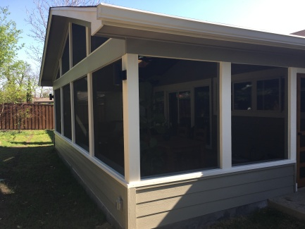 East Central Austin Screened Porch Builder