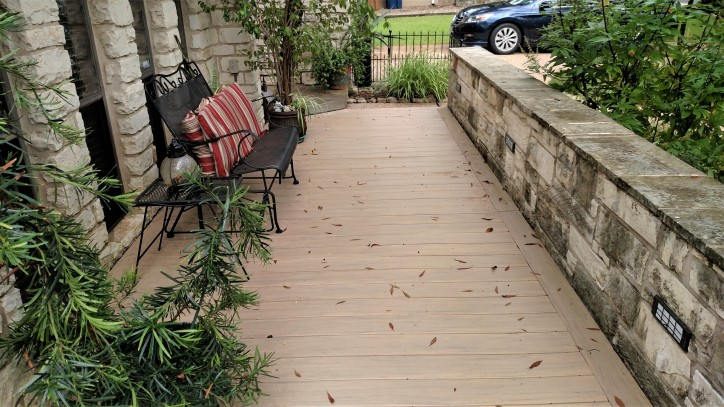 After Archadeck of Austin redecked this space with AZEK low-maintenance decking.