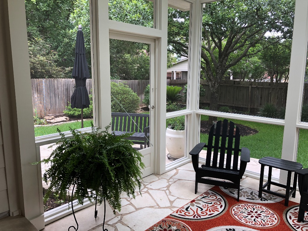 Northwest Austin Homeowners Are Thrilled With Screened Porch Vision Fulfilled Austin Decks Pergolas Covered Patios Porches More